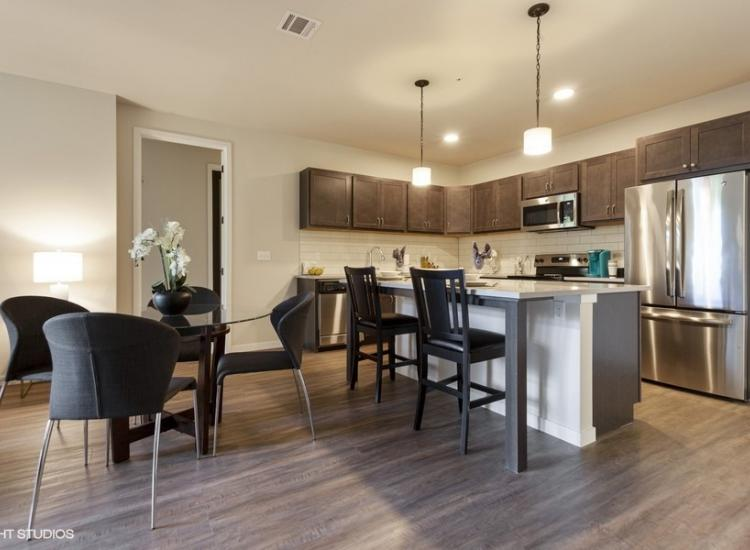 Living to dining/kitchen