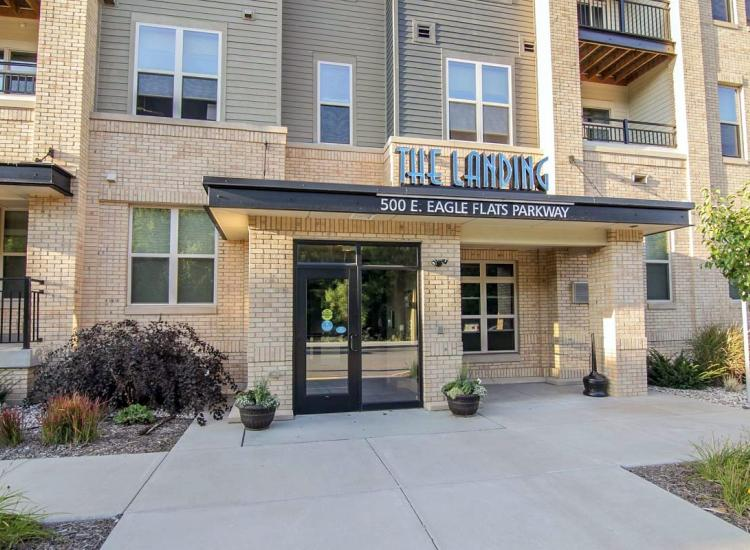 landing at eagle flats apartments appleton wi On 3 bedroom apartments in appleton wi
